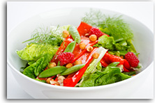 Romano pepper, hazelnut and raspberry salad recipe